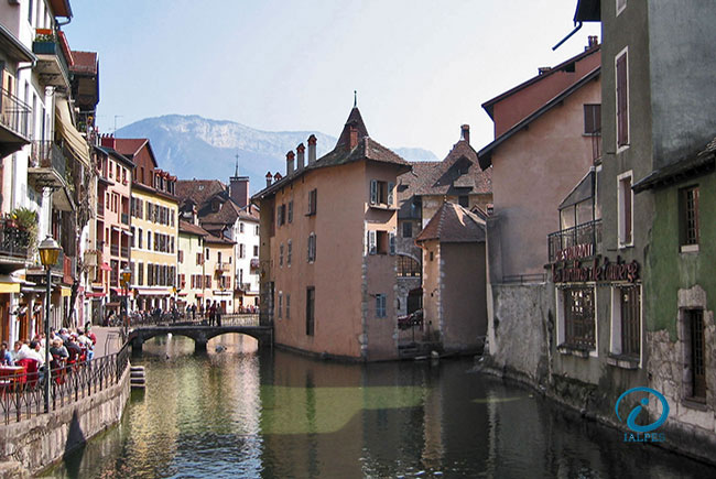Bord du canal Annecy